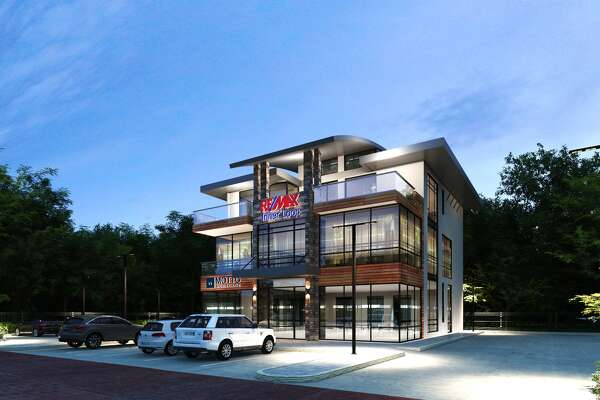 Re/Max Inner Loop announces its expansion to the Greater Heights that will include Texas' first location of national mortgage brokerage franchise, Motto Mortgage.
