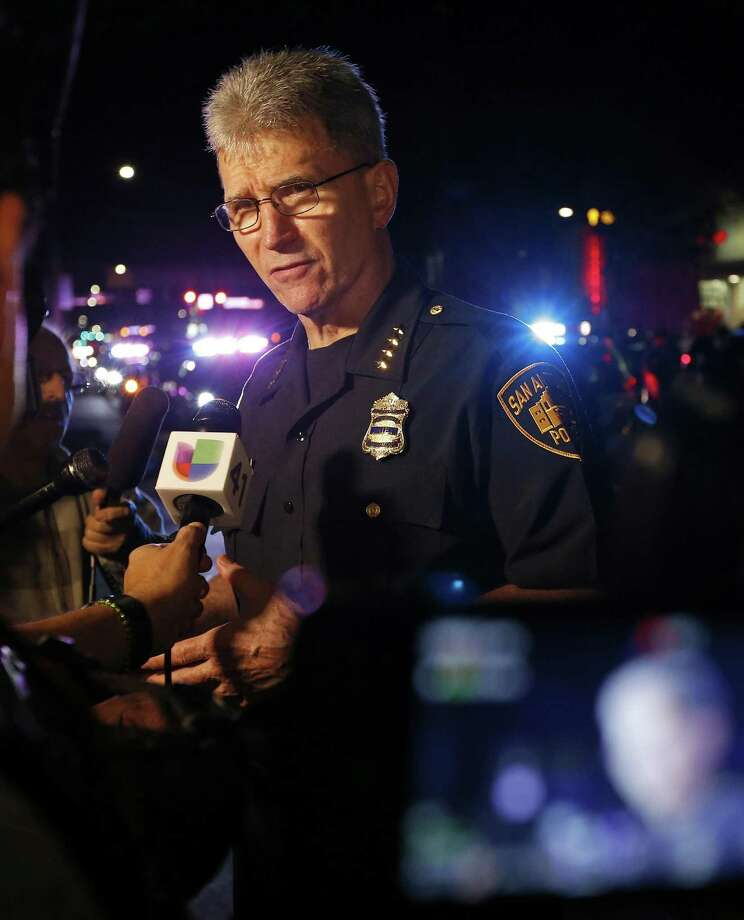 San Antonio Police Chief William McManus joins other big Texas city police chiefs in opposing the sanctuary cities bill because it will make communities less safe. Photo: Edward A. Ornelas /San Antonio Express-News / © 2017 San Antonio Express-News