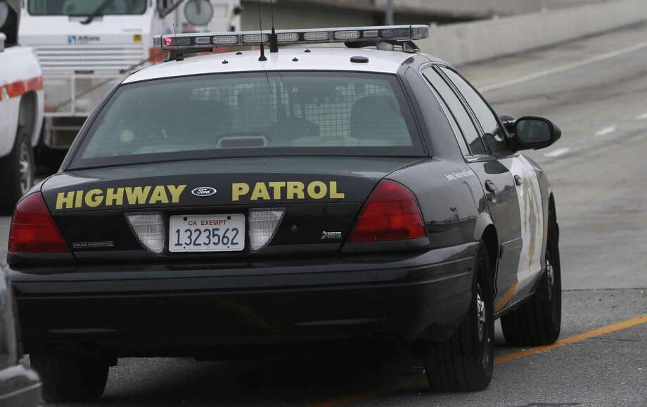 An officer-involved shooting on Highway 101 in San Mateo shut down all of the northbound lanes as officers investigated, officials said. Photo: Paul Chinn / Paul Chinn / The Chronicle / ONLINE_YES