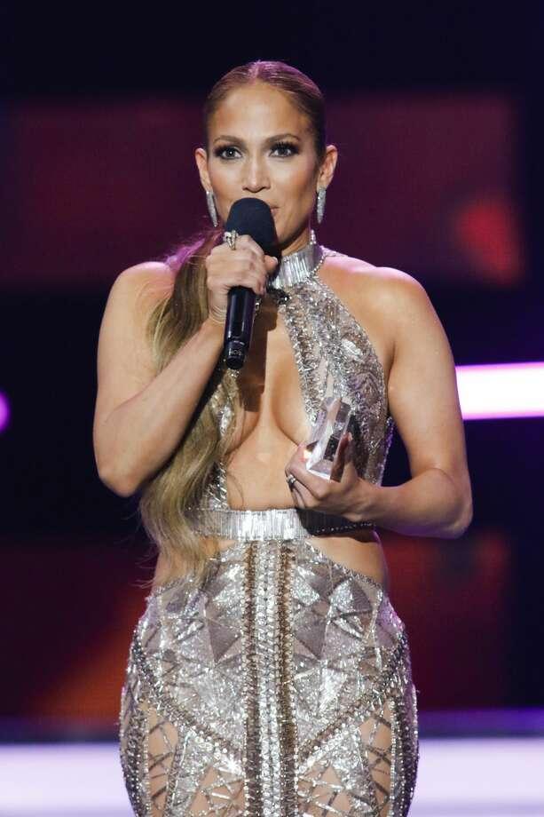 Jennifer Lopez accepts the 'Premio de la Estrella' award on stage at the Watsco Center in the University of Miami, Coral Gables, Florida on April 27, 2017. Photo: Telemundo/NBCU Photo Bank Via Getty Images