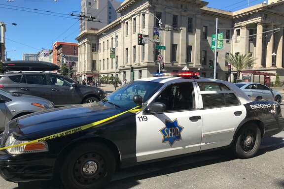 A suspicious package in a San Francisco alley briefly closed Westfield Mall Saturday morning, police said. Police shut down the mall and traffic between 4th and 5th streets on Mission Street from around 9:45 a.m. until just after 11 a.m.