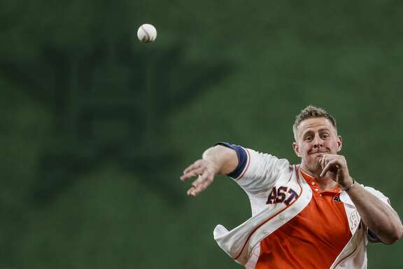 Houston Texans defensive back J.J. Watt throws out the first pitch before the Houston Astros take on the Oakland Athletics at Minute Maid Park Saturday, April 29, 2017 in Houston. ( Michael Ciaglo / Houston Chronicle)