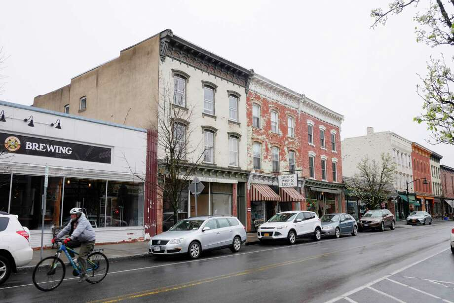 A view of downtown Chatham on Wednesday, April 26, 2017, in Chatham, N.Y.  (Paul Buckowski / Times Union) Photo: PAUL BUCKOWSKI / 20040347A