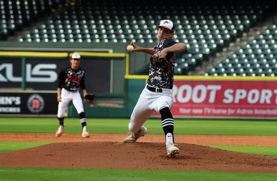 Huffman pitcher Noah Pendergrass works to a Hardin-Jefferson hitter in the bottom of the 1st inning of their district matchup with Hardin-Jefferson as part of the Houston Astros High School School Baseball Experience at Minute Maid Park on April 24, 2017. (Photo by Jerry Baker/Freelance) Photo: Jerry Baker, Freelance / Freelance