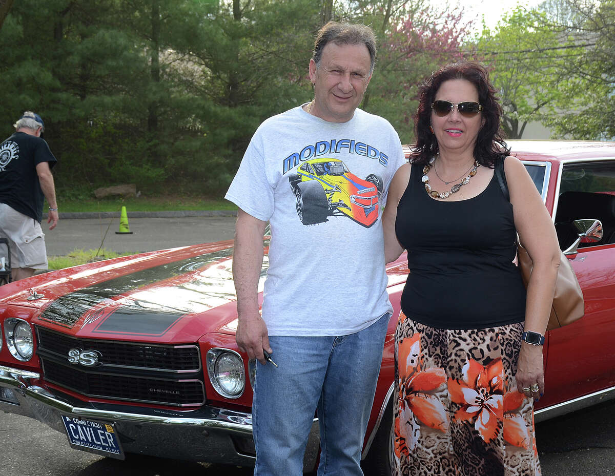 Whitewalls Car Club of Connecticut held its season opener car cruise at the Piedmont Club in Darien on April 29, 2017. The event was open to all pre-1900s cars, show trucks and classic or collectible cars of any year. Were you SEEN?