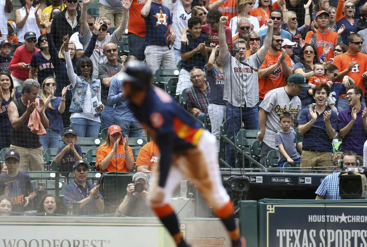 PHOTOS: How to spot and expose a new, bandwagon Astros fan With success comes a lot of new friends and right about now true blue (and orange) Astros fans are bracing for a glut of fair weather, bandwagon fans to start packing into Minute Maid Park.Click through to test that new guy next to you in the beer line this weekend...