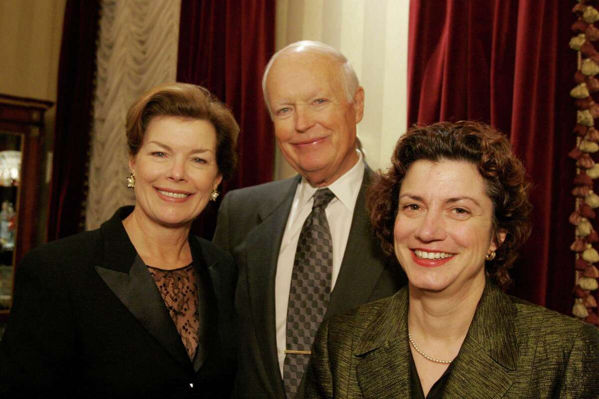 Bill Olive-for the Chronicle. 03/16/05. (l-r) Kathryn and Jim Ketelsen with Amy Dwyer. Center for AIDS and Classical Action benefit recital hosted by Becky and Mike Cemo and guest star Andre Watts.