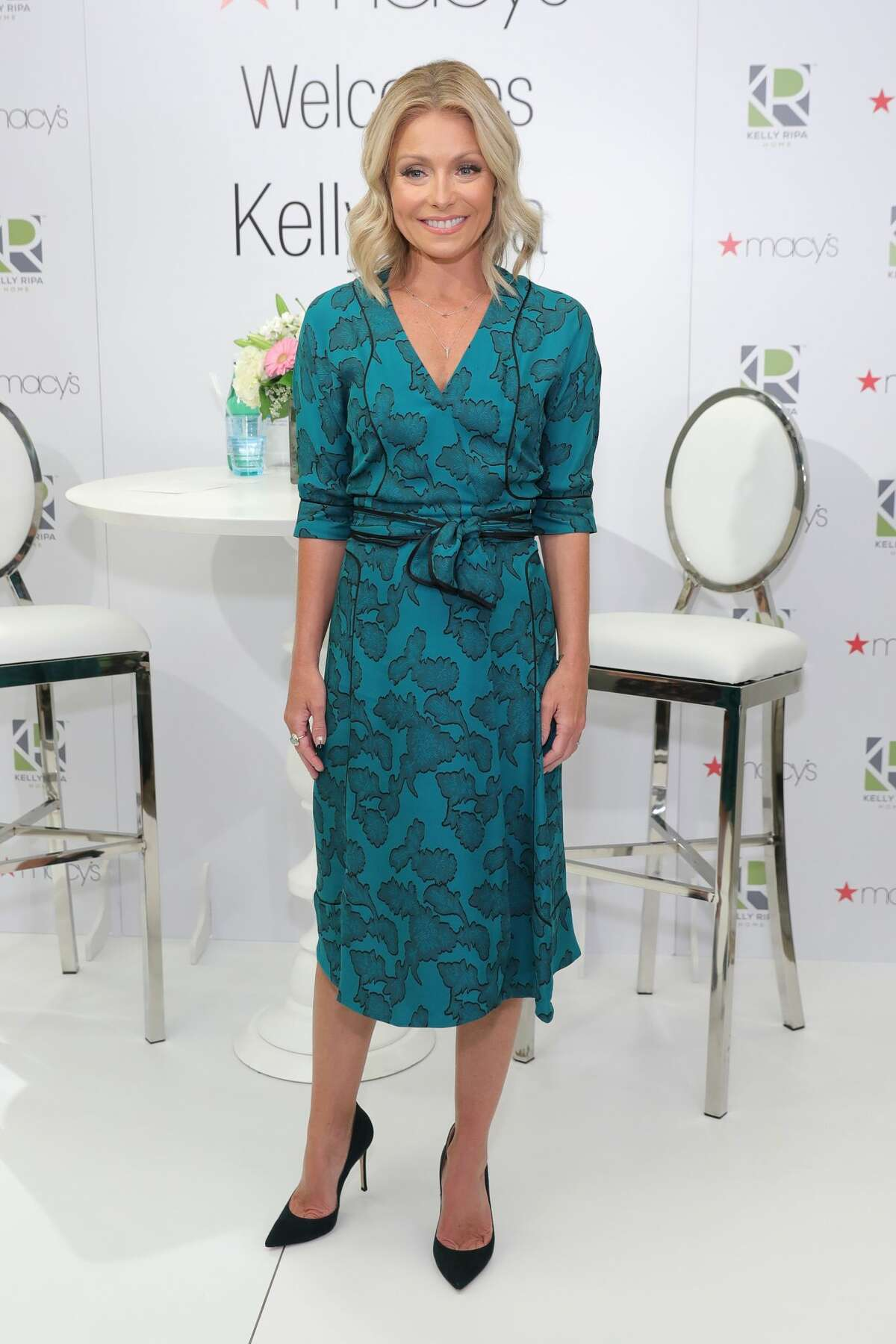 NEW YORK, NY - JULY 20: Kelly Ripa attends the Kelly Ripa Home Collection for Macy's launch at Macy's Herald Square on July 20, 2016 in New York City. (Photo by Neilson Barnard/Getty Images)