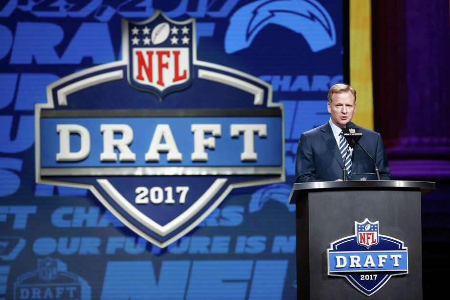 NFL commissioner Roger Goodell speaks during the first round of the 2017 draft at the Philadelphia Museum of Art on April 27. Photo: Jeff Zelevansky /Getty Images / 2017 Getty Images