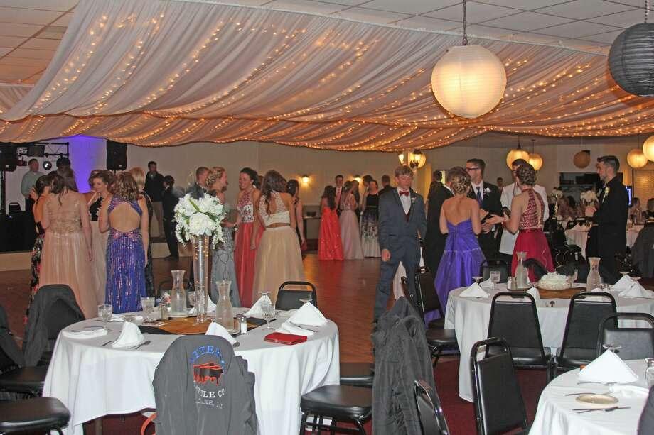 2017 Bad Axe High School Prom Photo: Bradley Massman/Huron Daily Tribune