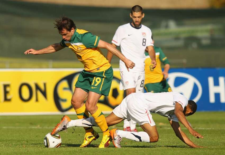 ROODEPORT, SOUTH AFRICA - JUNE 01: Richard Garcia of Australia is challenged by his opponent during the International Friendly between the Australian Socceroos and the USA at Ruimsig Stadium on June 5, 2010 in Roodeport, South Africa. (Photo by Robert Cianflone/Getty Images) *** Local Caption *** Richard Garcia