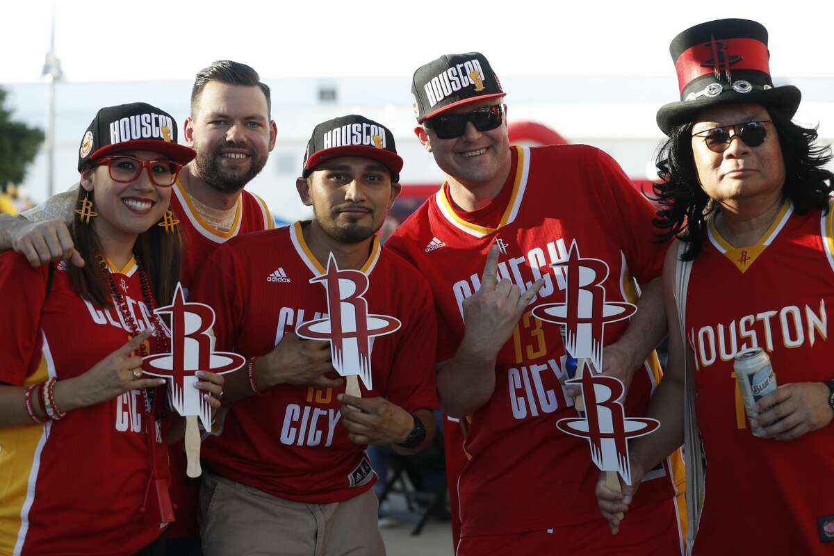 Houston Rockets fans before the start of Game 1 of the second-round of the Western Conference NBA playoffs at AT&T Center, Monday, May 1, 2017, in San Antonio. ( Karen Warren / Houston Chronicle )
