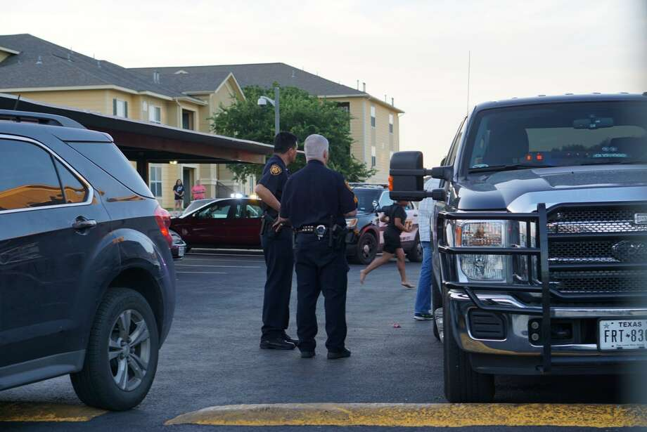 Police and federal agents are investigating an officer-involved shooting Tuesday evening on the West Side in the 8600 block of Waters Edge Drive about 7:30 p.m. May 2, 2017. Photo: Jacob Beltran