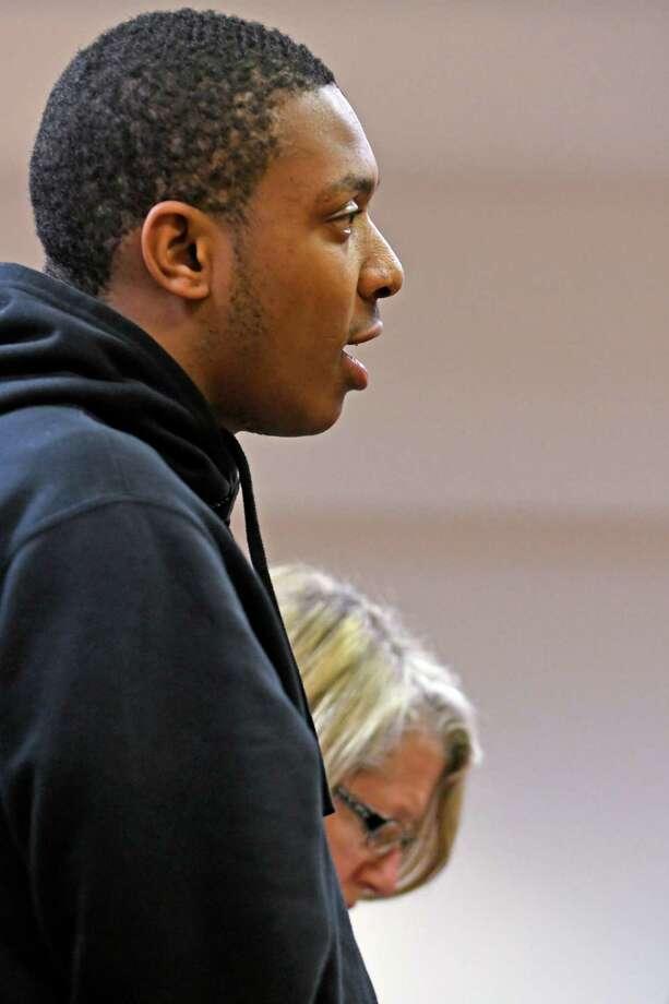 Crossgates Mall shooting suspect Tasheem Maeweather appears under custody in Guilderland Town Court for his arraignment  on Monday, Nov. 14, 2016 in Guilderland, N.Y. (Lori Van Buren / Times Union) Photo: Lori Van Buren / 20038808A