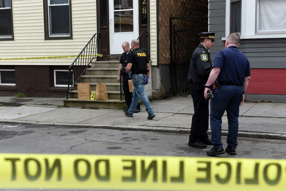 2017 New York crime rates » Click through the slideshow to see New York's largest cities ranked by crime rate. Crime rates are based on