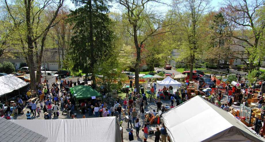 The Darien Boy Scouts hosted their annual tag sale on Sunday May 1st which drew a crowd of over 2,000 people from the area. Photo: Jeanna Petersen Shepard / ST / Darien News