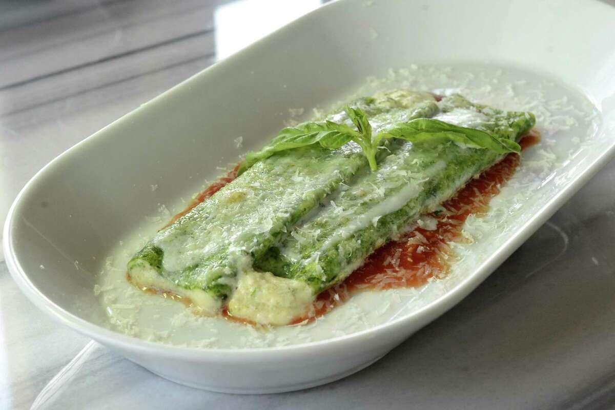 The spinach manicotti pasta at Battalion.