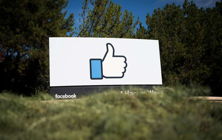 (FILES) This file photo taken on Nov. 4, 2016 shows the Facebook sign and logo in Menlo Park. Photo: JOSH EDELSON, AFP/Getty Images