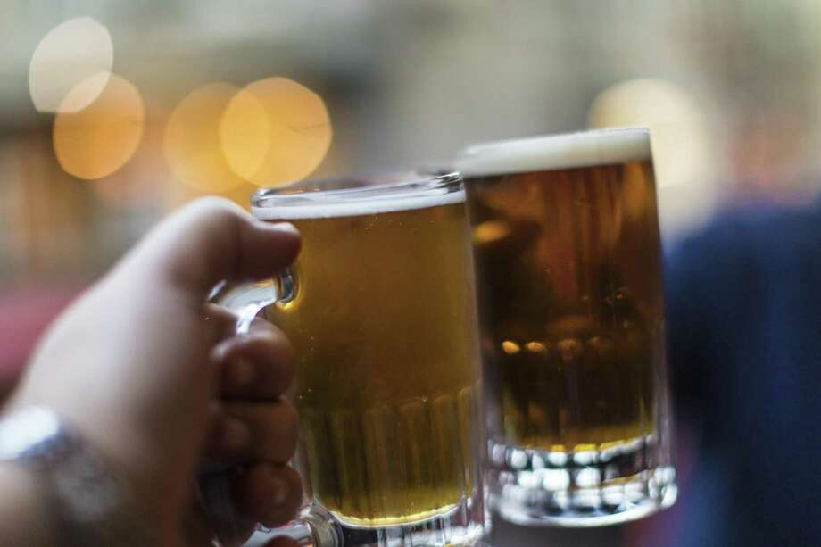 Cheers for the The 7th annual San Antonio Beer Week. Photo: Instants /Getty Images / This content is subject to copyright.