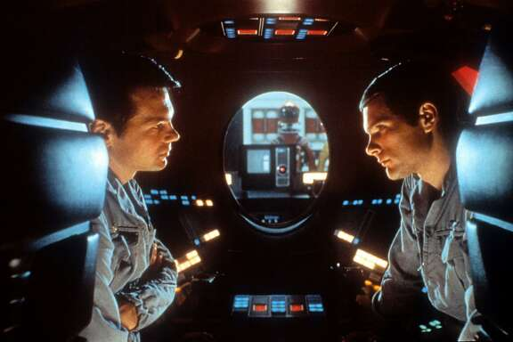 Gary Lockwood And Keir Dullea In '2001: A Space Odyssey'Gary Lockwood talks to Keir Dullea in a scene from the film '2001: A Space Odyssey', 1968. (Photo by Metro-Goldwyn-Mayer/Getty Images)