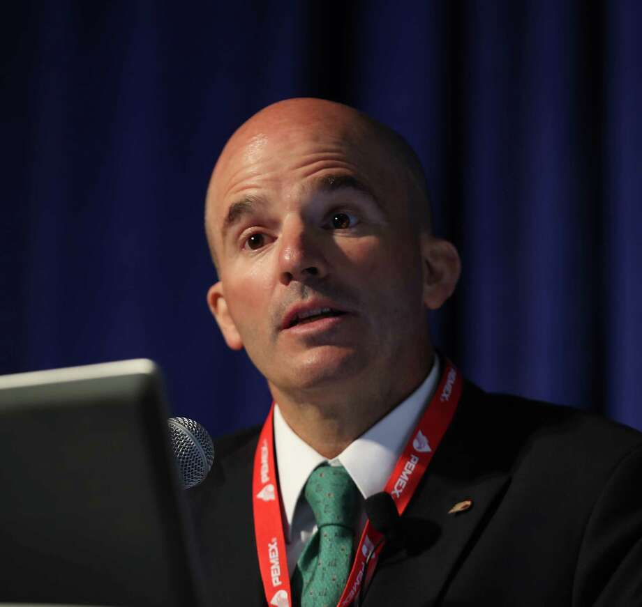 Chief Executive Officer of Petré³leos Mexicanos (Pemex) José Antonio Gonzé¡lez Anaya talks during a luncheon at the Offshore Technology Conference (OTC 2017) Wednesday, May 3, 2017, in Houston. ( Steve Gonzales  / Houston Chronicle ) Photo: Steve Gonzales, Staff / © 2017 Houston Chronicle