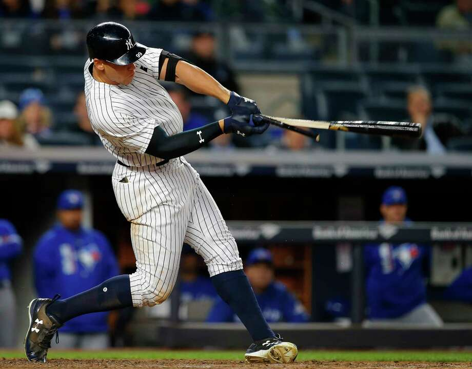 NEW YORK, NY - MAY 03: Aaron Judge #99 of the New York Yankees breaks his bat as he hits a single in the seventh inning against the Toronto Blue Jays during a game at Yankee Stadium on May 3, 2017 in New York City. (Photo by Rich Schultz/Getty Images) ORG XMIT: 700010634 Photo: Rich Schultz / 2017 Getty Images