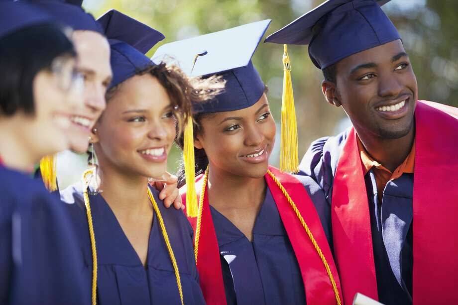 TEST TIME:Could you pass the U.S. Citizenship Naturalization Test?The Texas house has tentatively approved House Bill 1776 which could replace a required U.S. history course needed to graduate high school in Texas with a U.S. Citizenship Test that cuts through all that.Click through to see if you can pass this important test... Photo: Sam Edwards/Getty Images