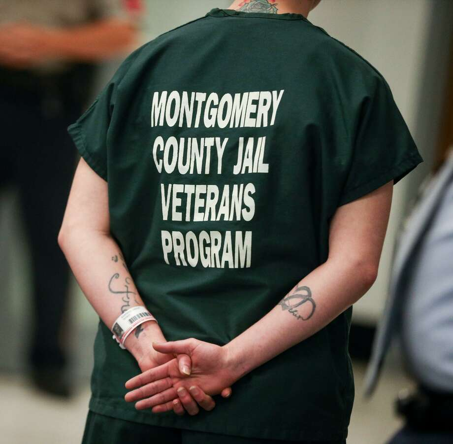 The dark green uniform of inmates in Montgomery County Jail's Pod 7 Veterans Program is pictured on Monday, May 1, 2017. Photo: Michael Minasi, Staff Photographer / Houston Chronicle / © 2017 Houston Chronicle
