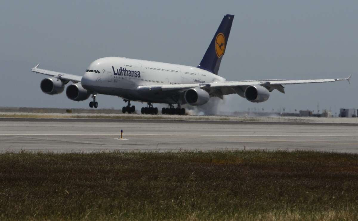 Lufthansa Retires Big Jets Says Rebound Could Take Years