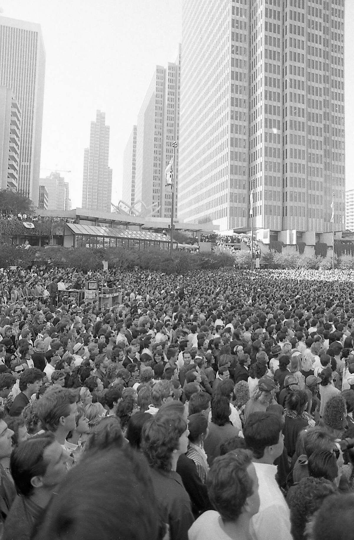The crowd when U2 played a free concert in Justin Herman Plaza on Nov. 11, 1987.