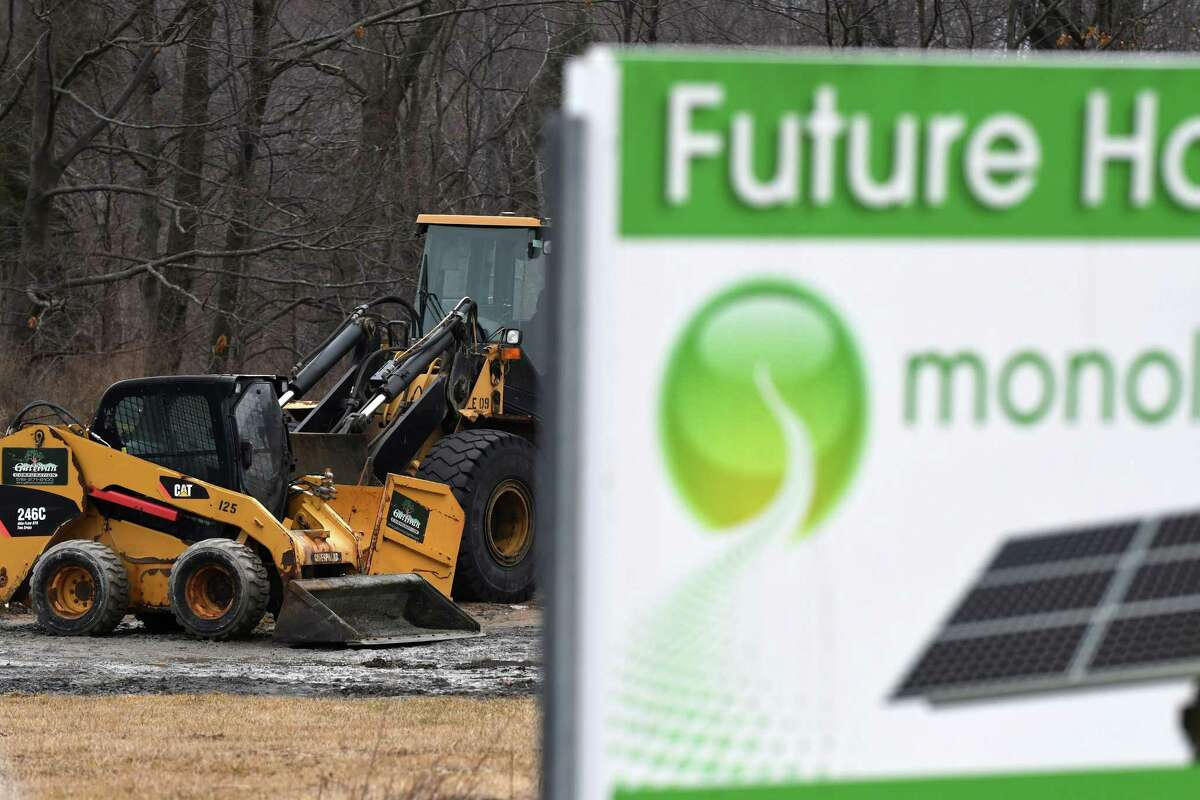 Construction begins at the Monolith Solar site at Vista Technology Campus on Friday, Jan. 20, 2017, in Slingerlands, N.Y. (Will Waldron/Times Union)