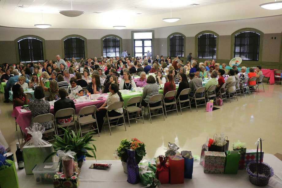 More than 200 administrative professionals attended the Liberty-Dayton Chamber of Commerce luncheon and gift give-away on April 26 at the Liberty Center. Photo: David Taylor