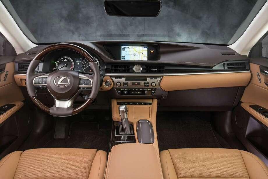 The Lexus Es 350 Comes With A Two Tone Leather And Wood Trimmed Interior