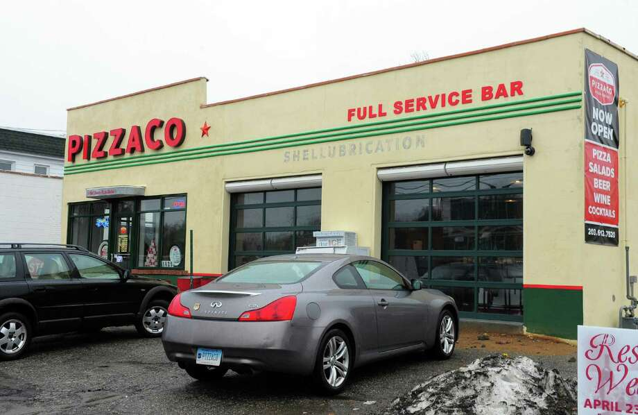 Pizzaco fires up pies in old stratford gas station - Garden state parkway gas stations ...