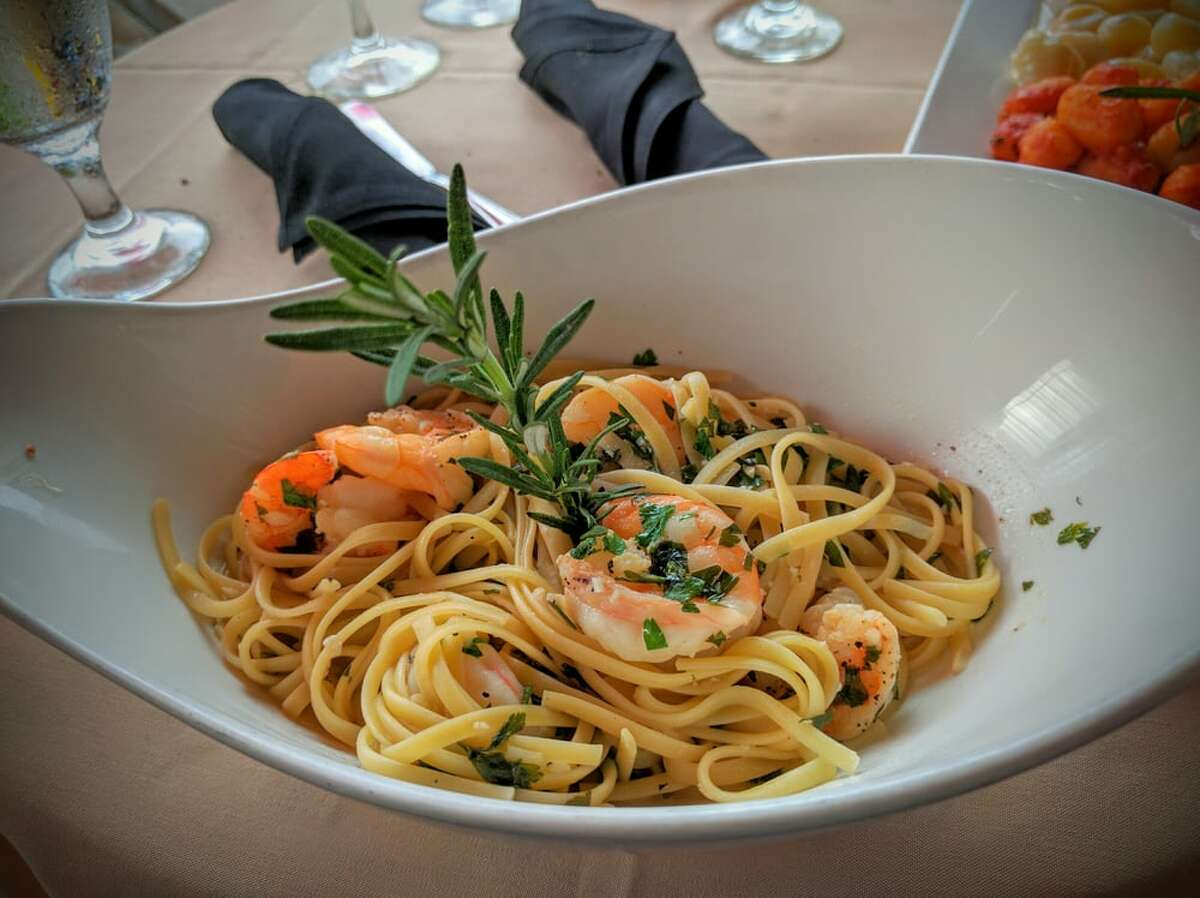 Da Vinci Ristorante Italiano 6455 S. Fry Road This Italian Katy mainstay is heralded as a truly authentic sampling of Italian cuisine that's less vodka penne and more all'amatriciana. It's a Katy resident's answer to a nearby Da Marco: similar quality without the trek to Montrose. When chef-owner Alex Salmassi opened this establishment in 2009, he prided himself on boldly launching without a menu. He improvised each service dependent on a patron's protein or veggie craving and available ingredients. Now that the place has gained a steady following and is packed on most evenings, there is a daily list of available dishes that range from a classic osso buco or pappardelle aragosta. But that doesn't mean Salmassi has strayed from his imaginative style: the menu's subject to change at any given service.