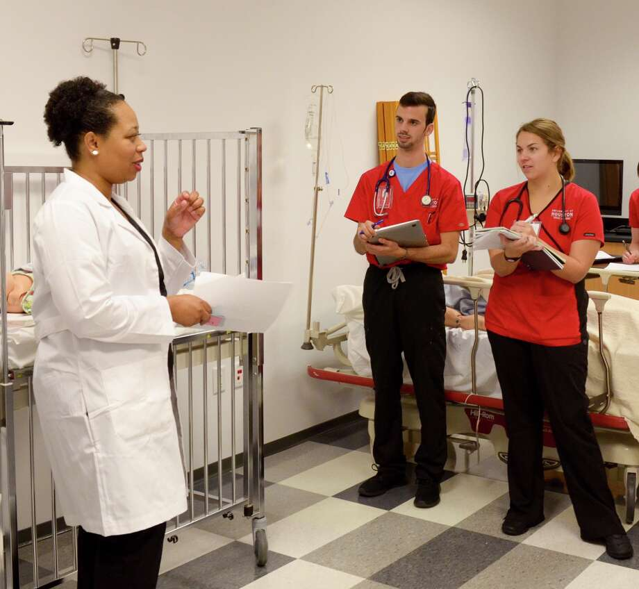 The University of Houston College of Nursing, accredited by the Commission on Collegiate Nursing Education, offers three master's degree specialty tracks: administration, education and family nurse practitioner (FNP).