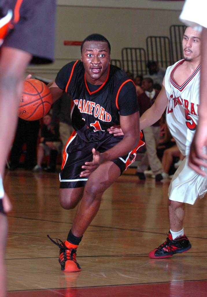 Prep Schools Can Provide Avenue To College Basketball Opportunities
