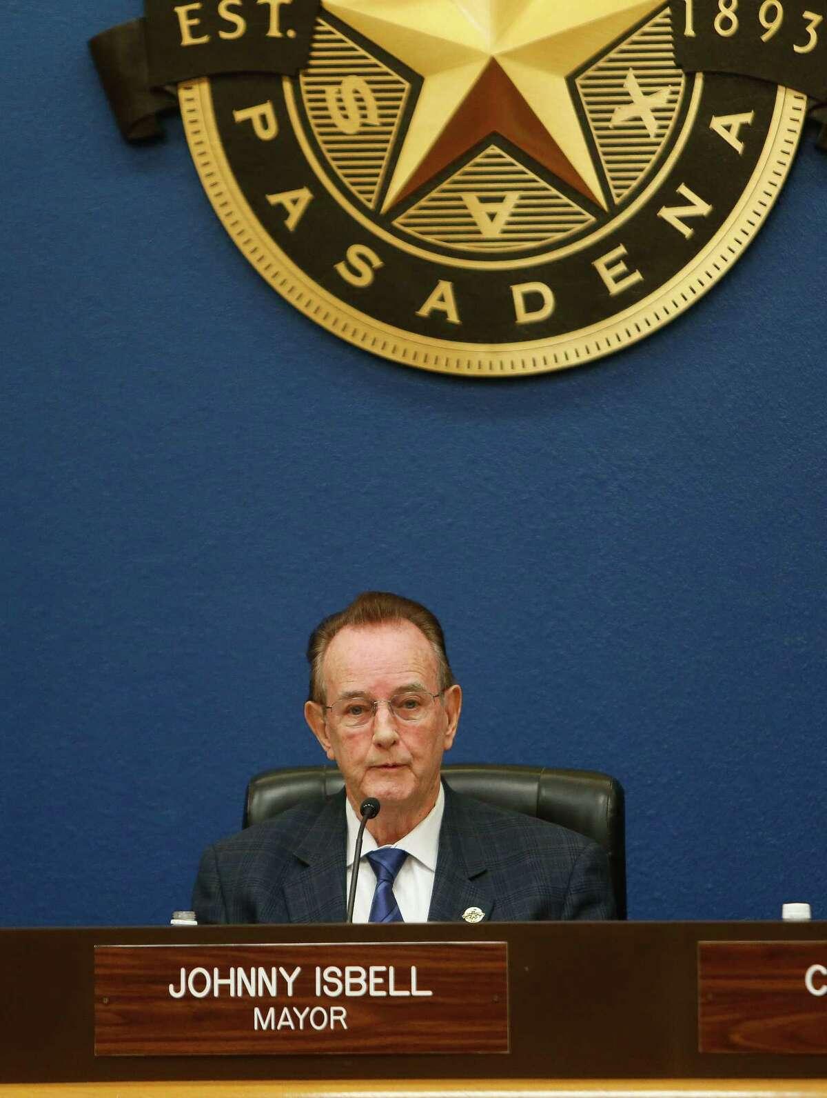 Pasadena mayor Johnny Isbell presides over a city council meeting, Tuesday, May 5, 2017, in Pasadena. (Mark Mulligan / Houston Chronicle)