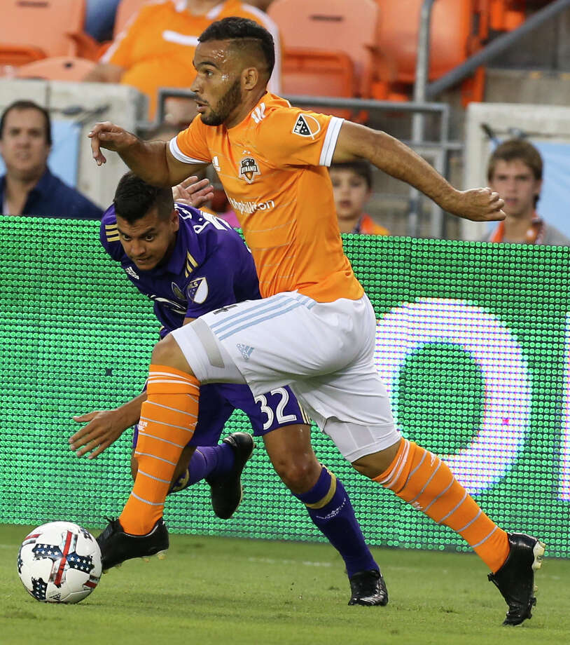 Dynamo midfielder Alex had three assists in Saturday's 3-1 win over D.C. United. It was the Dynamo's first road victory this season. Photo: Yi-Chin Lee/Houston Chronicle