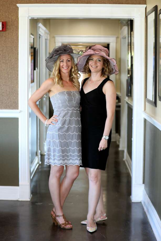 The San Antonio Public Library Foundation mixed the traditions of the Kentucky Derby with Cinco De Mayo during the special fundraiser Cinco De Derby Saturday, May 6, 2017. Photo: Marco Garza For MySA