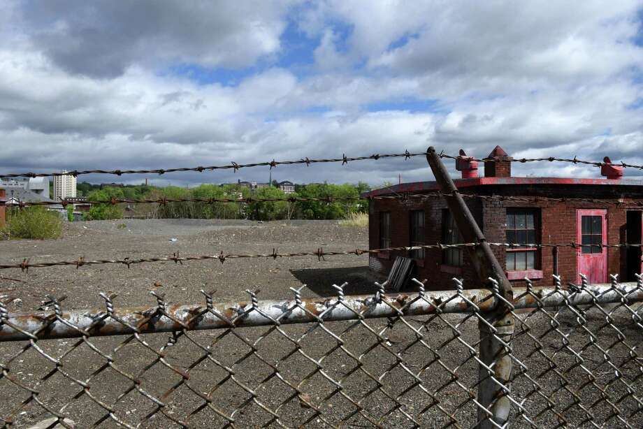View of a former industrial site on an island in the Hudson River between Troy at the south end of Green Island on Wednesday, May 3, 2017, in Green Island, N.Y. Environmental cleanup work is about to start for a proposed $60 million development on the Green Island property. (Will Waldron/Times Union) Photo: Will Waldron
