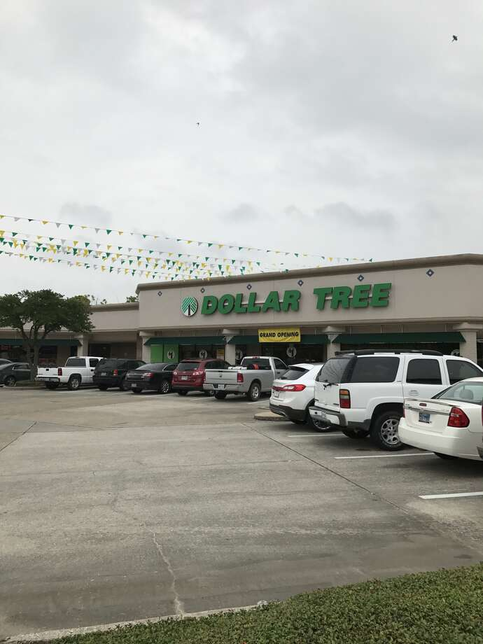 Dollar Tree has opened a store in Pasadena's Fairmont Shopping Center at 4826 Fairmont Parkway. Photo: Perry Zieben Realty Co.
