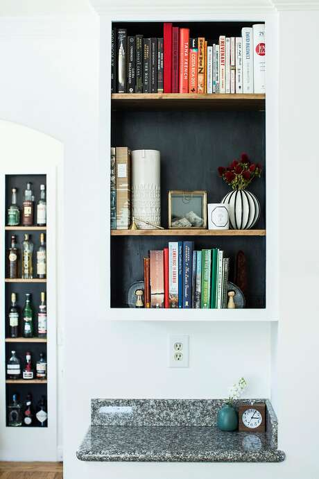 Entryway bookshelf. Photo: Stephen Lam, Special To The Chronicle