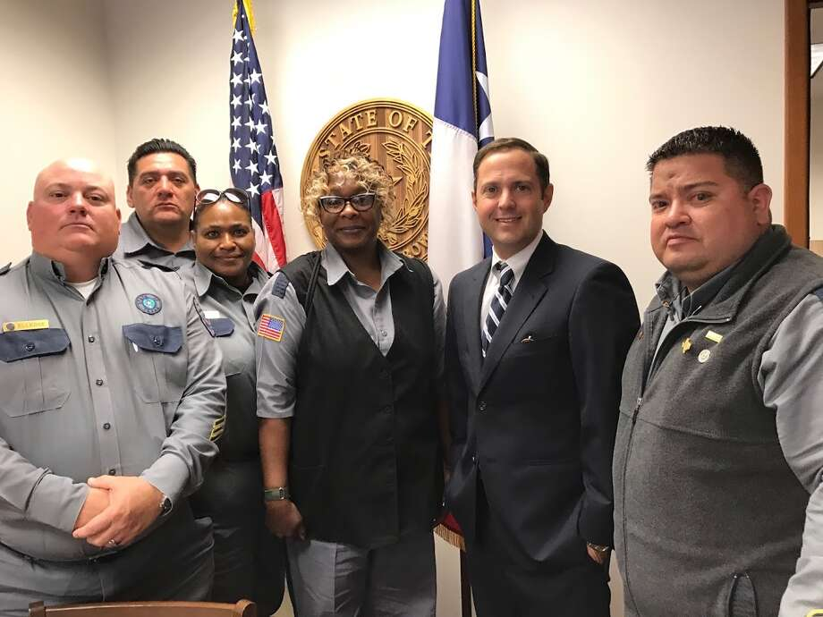 Area correctional officers lobby lawmakers - Plainview Daily