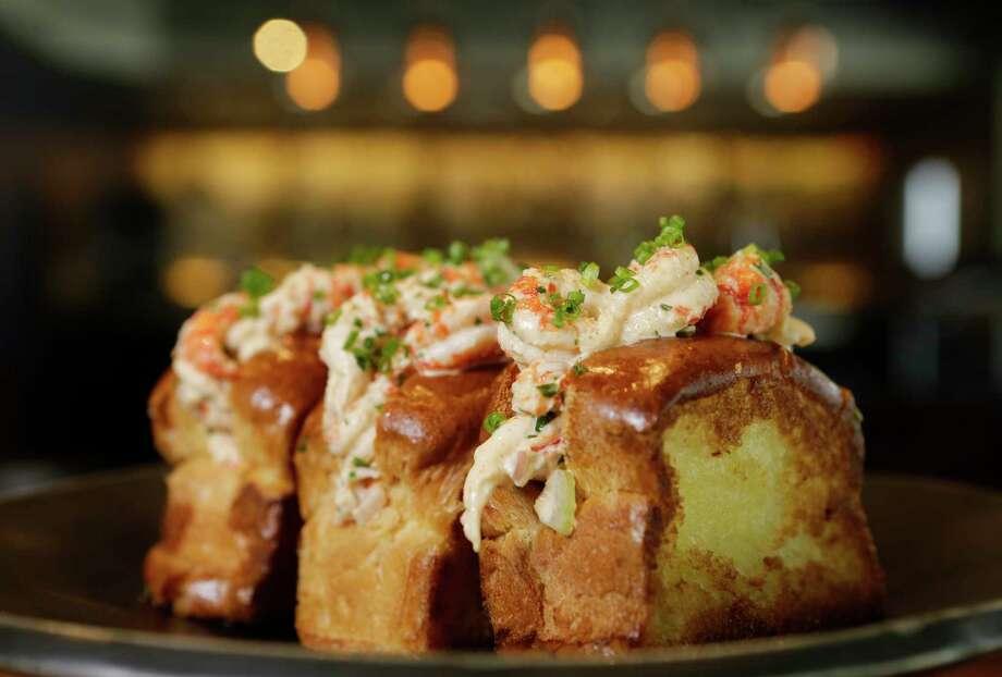 Houston restaurants see evolution in bar food menus for Food bar in restaurant