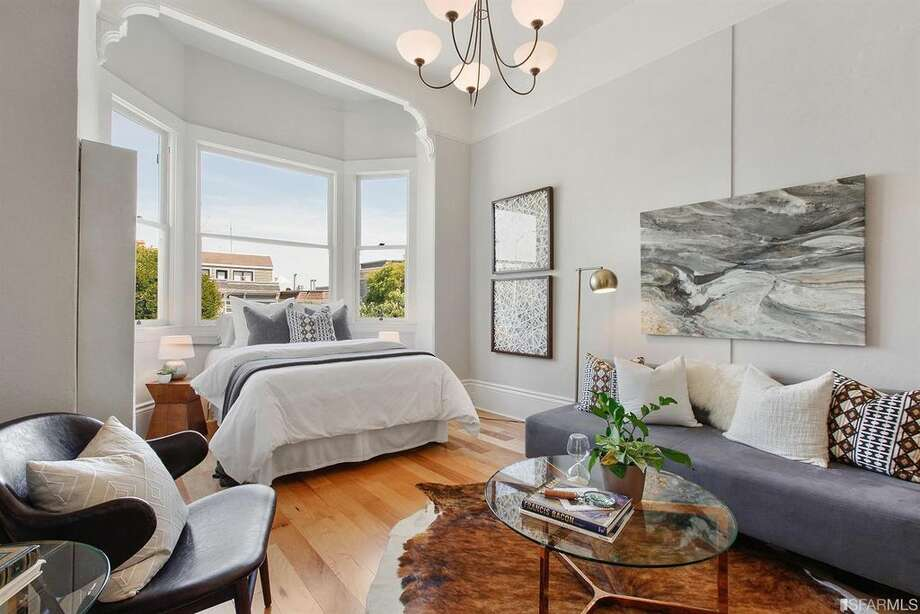 Affordable in Pacific Heights: one-bedroom condo, $649,000A top-floor, 623-square-foot condo in Pacific Heights at 1819 Lyon St., Apt. 3, has loads of charm. Photo: Open Homes Photography