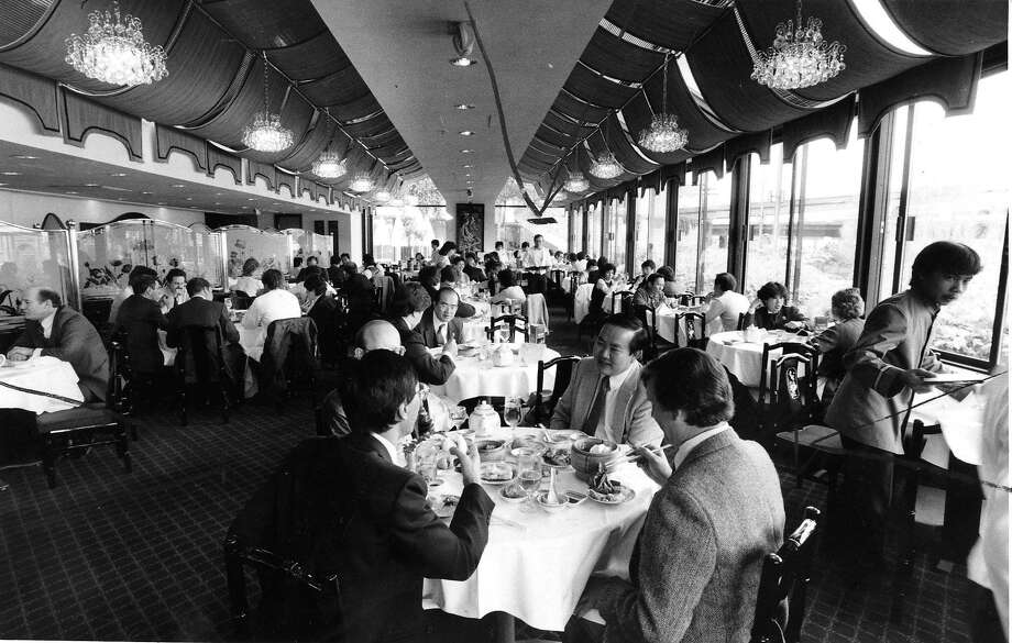 Harbor Village at Embarcadero 4 was a key player in S.F.'s banquet culture in the 1980s. Photo: Chris Stewart, San Francisco Chronicle