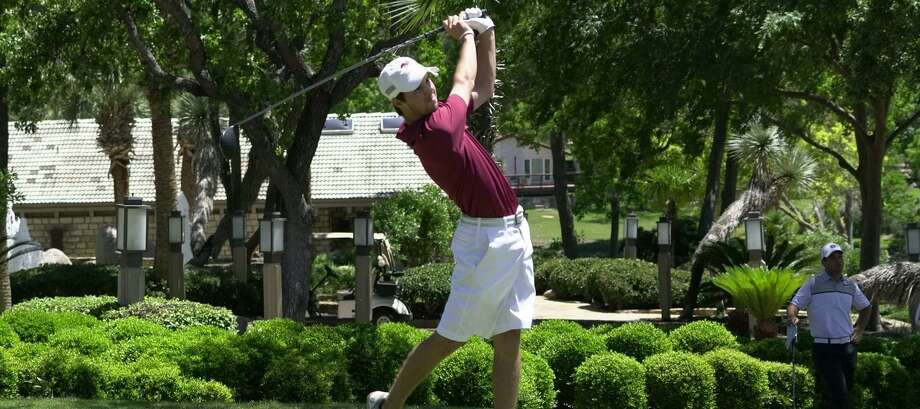 Texas A&M International's Parker Holekamp placed in a tie for fourth at the Midwestern State Invitational. Photo: Courtesy Of TAMIU Athletics File