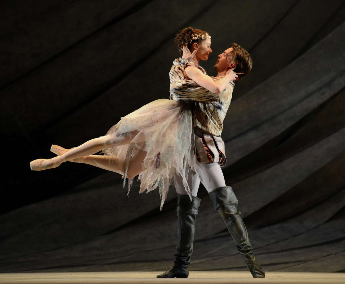 Birmingham Royal Ballet's Jenna Roberts as Miranda and Joseph Caley as Ferdinand in