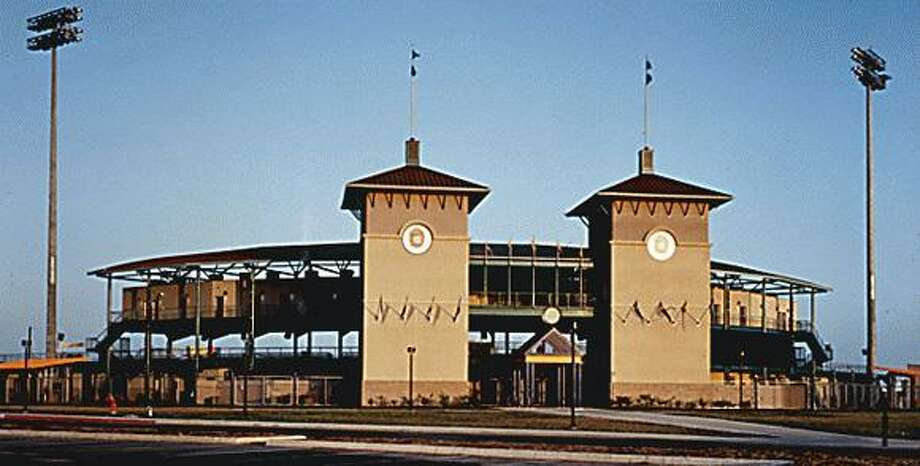 This 6,400-seat Wolff Stadium houses the city's AA minor league baseball team, the Missions. Two stucco-clad towers at the stadium's main entrance recall the Spanish-influenced heritage of San Antonio as well as the name of the local ball club. Photo: Courtesy Ford, Powell & Carson / Courtesy Photo
